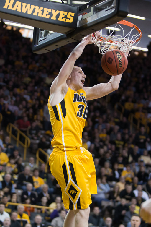 finest selection e220f 37b7d Hawkeye Men's Basketball wins in first round of NIT | Iowa Now