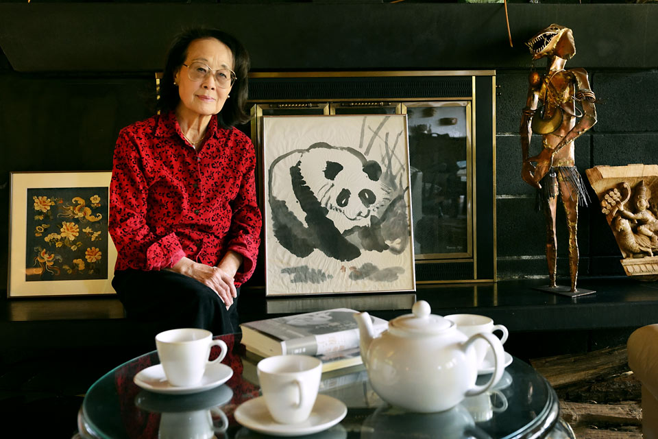Close-up of Hualing Nieh Engle in her home