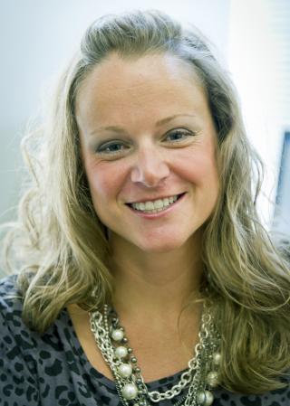 portrait of Professor Allison Bruhn