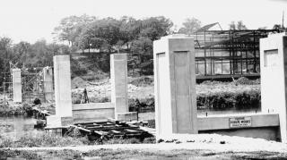 Construction of IMU footbridge