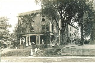 Exterior shot of Eastlawn, 1915 or 1921