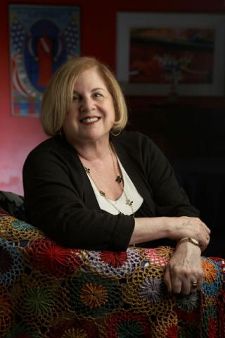 portrait of Elaine Showalter