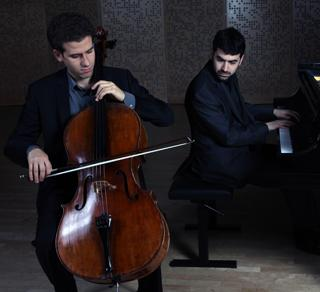 Cellist Nicholas Canellakis and pianist Michael Brown. Photo courtesy of performers.