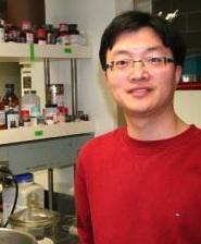 Portrait of Lei Chen in lab.