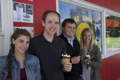 UI marketing students at Dane's Dairy