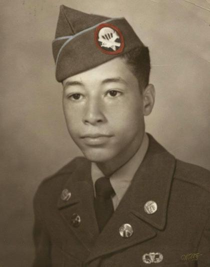 Military portrait of Eric Morton