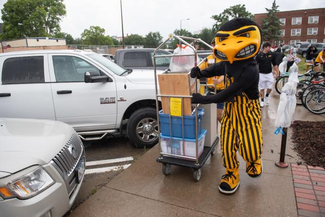 herky with luggage dolly
