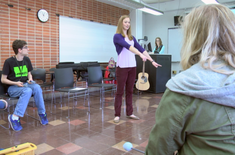 Music Therapy students work with UI REACH