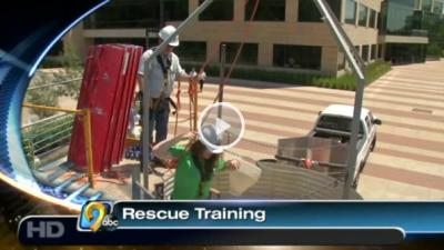 Medical students participated in a grain bin rescue training exercise at UI.