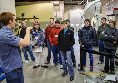 Iowa middle school and high school researchers visit the Iowa Institute of Hydraulic Research Annex Lab