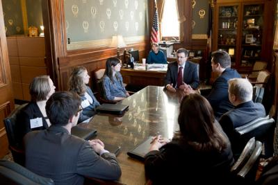 Kraig Paulsen meets with law students