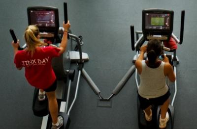 UI students, staff, and faculty work out at the Campus Recreation and Wellness Center.
