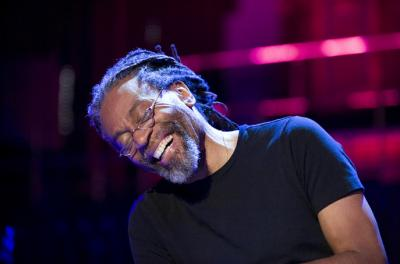 bobby mcferrin performing