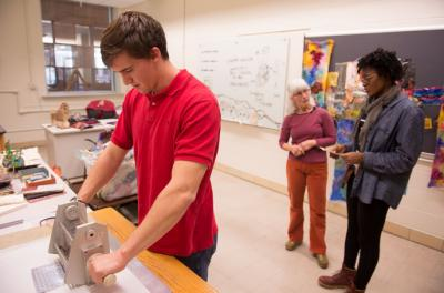 Engineering students work with printmaker and adjust professor Deanne Wortman