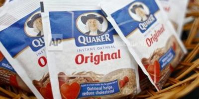 Quaker Instant Oatmeal package (Brian Ach/AP Images For Quaker Oats)