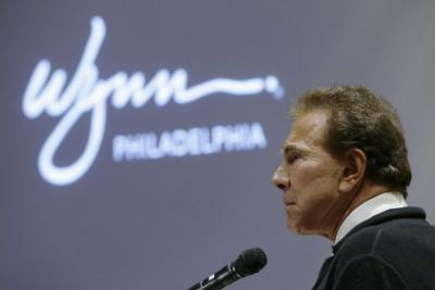 Steve Wynn, owner of the Wynn in Las Vegas who has retinitis pigmentosa, donates $25 million to the University of Iowa. Photo: Matt Rourke, Associated Press