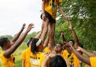Students work together to help lift one of their peers up during a trust exercise – a good lesson about the importance of teamwork. In addition to getting to know other first-year students before the semester begins, first-year students in The Iowa Edge