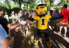 Herky hamming it up for the crowd.