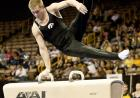 Zach Cazabon competes on the pommel horse.