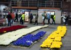 rows of flowers for parade float