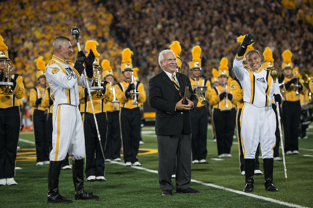 hawkeye marching band director and drum majors