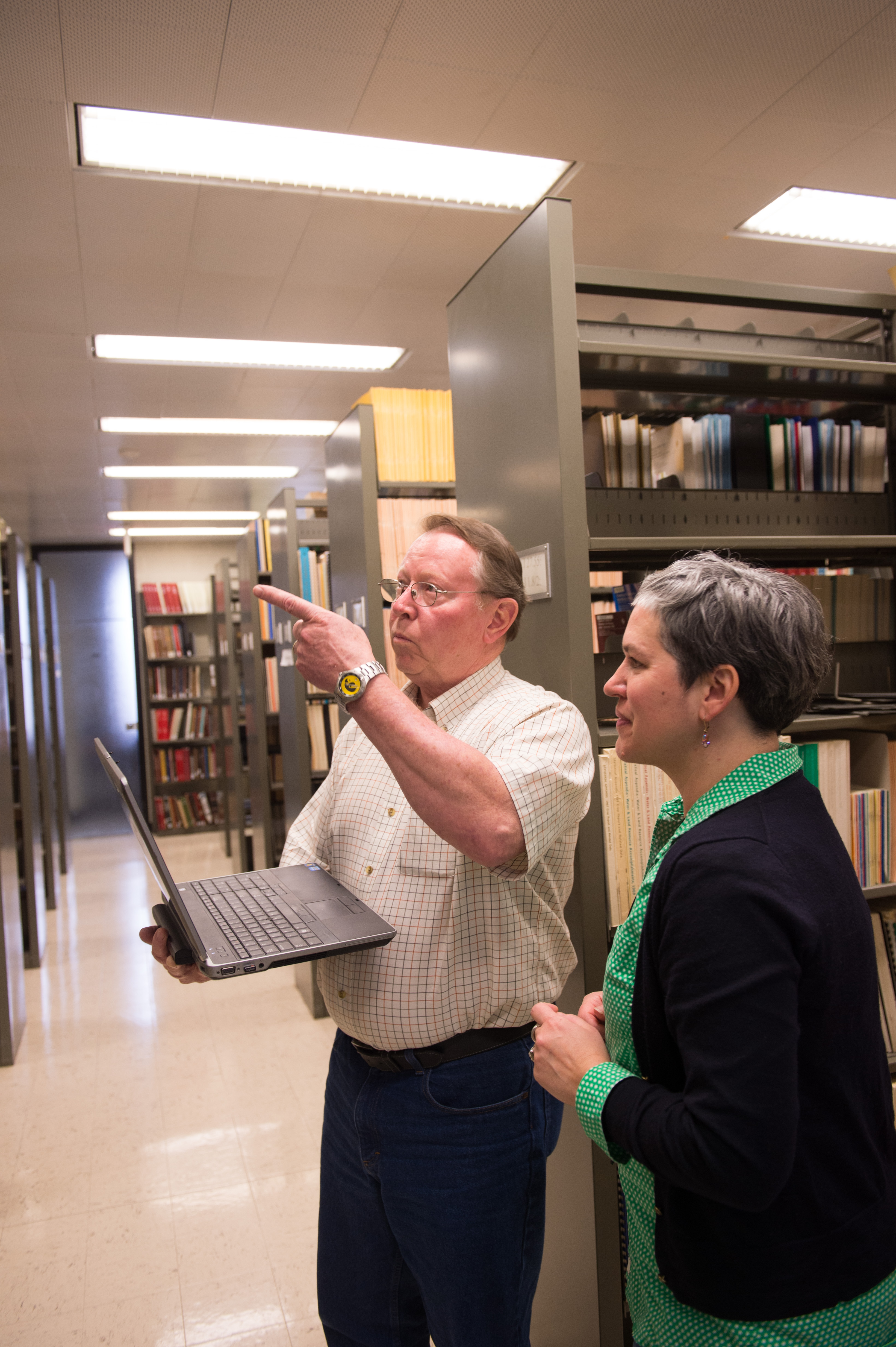 longtime university of iowa electrician marc brown in ui main library