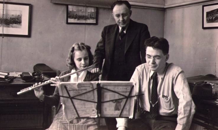 Gower and Voxman teaching Lila beckman 1939