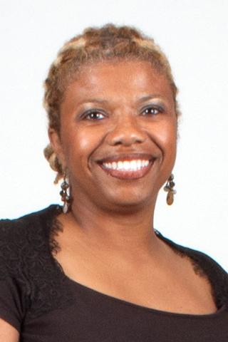 DoVeanna Fulton portrait